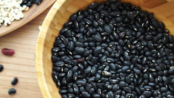 Best Super Foods For Weight Loss In 2018-1, black grain food, black beans