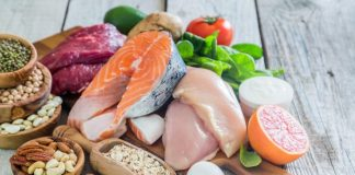 Selection of food containing nutrients for the brain